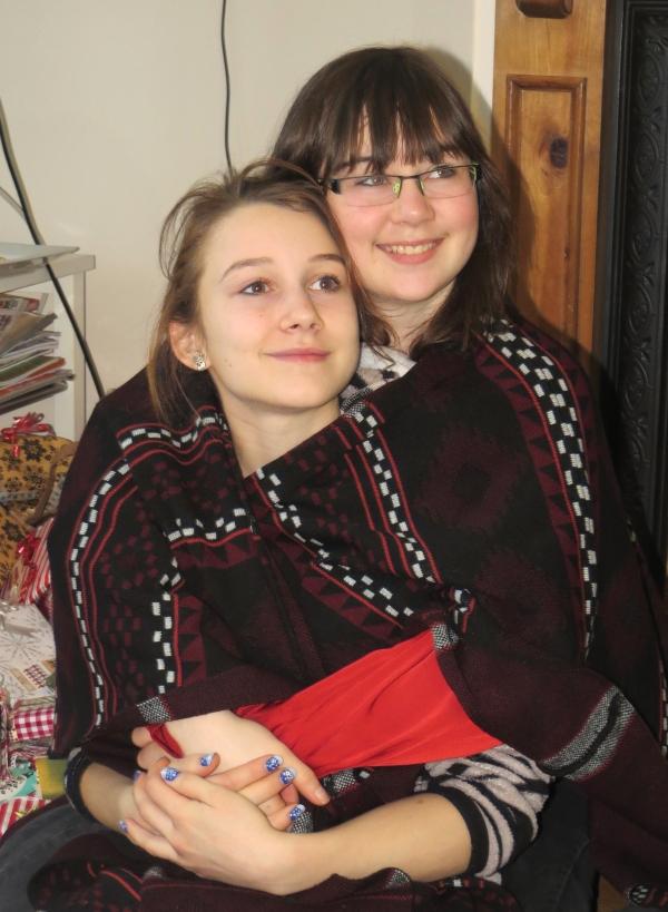 IMG_4067 Amber & Kara Xmas 14