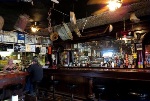 IMG_4201 Montana bar