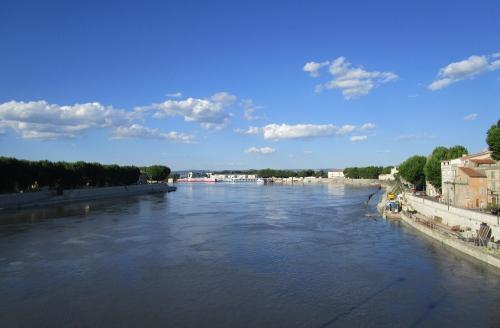 IMG_6047 R Rhone Arles