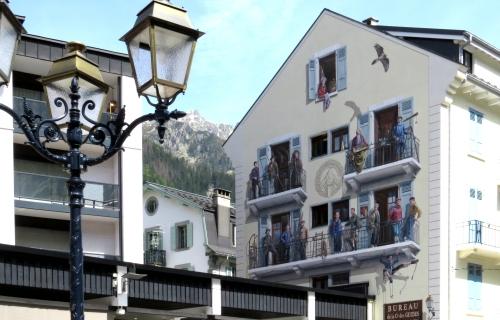 IMG_7624 painting on house Chamonix