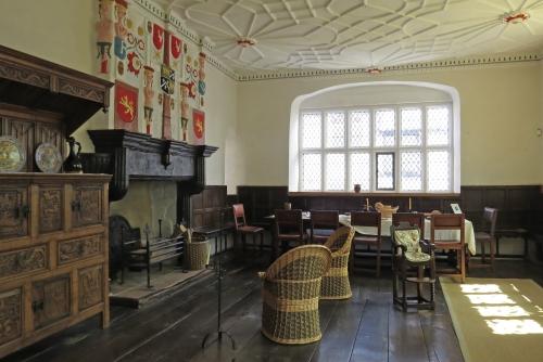 IMG_6069 Elizabethan House